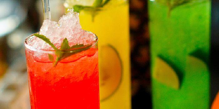 Hu Bar & Lounge