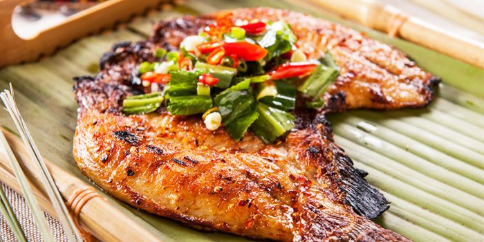 Grilled Fish from Rainbow Yunnan Restaurant in Crown Plaza in Xibahe
