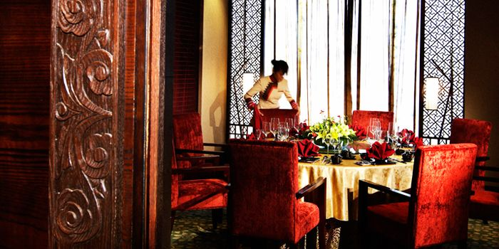 Interior of Rainbow Yunnan Restaurant in Crown Plaza in Xibahe