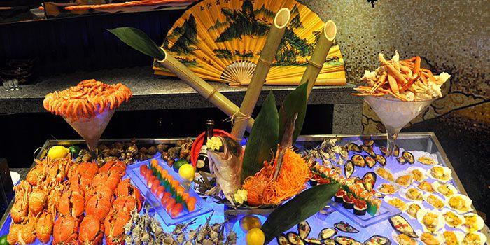 Sushi Buffet Spread from Elements in Grand Kempinski Hotel Shanghai, Pudong, Shanghai