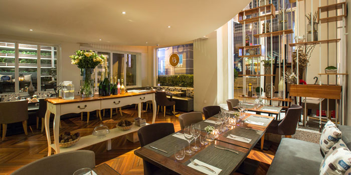Indoor of Epices & Foie Gras Located in People