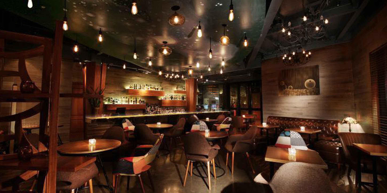 Indoor of Avenue located on Hengshan Lu