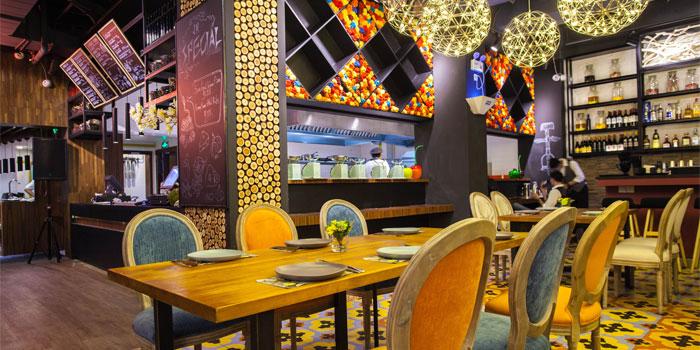 Indoor of Jingrepublic Recipe located on Fengyang Lu