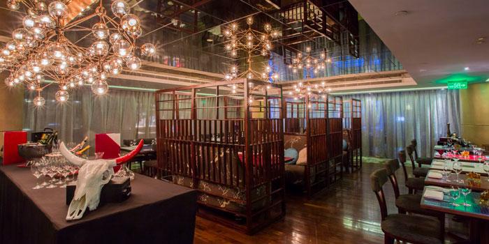 Indoor of Portmans located in Portman Ritz-Carlton on Nanjing Xi Lu