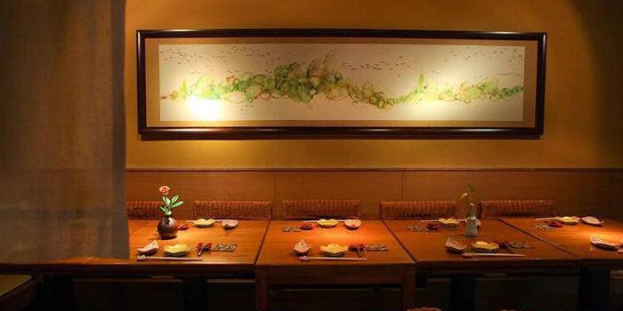Indoor of Ochobo located on Donghu Lu