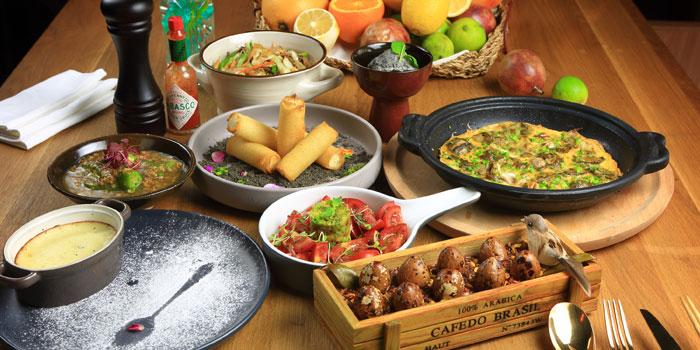 Food of Oriental House located on Anfu Lu
