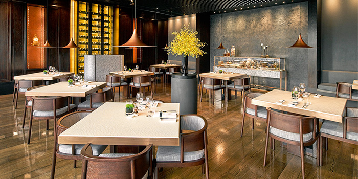 Dining Area of Phenix Eatery and Bar located in Jing