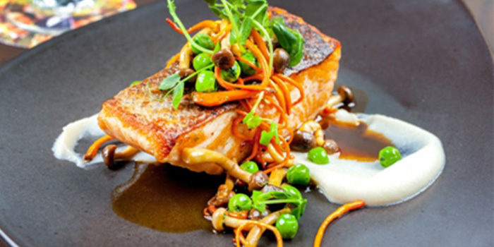 Roasted-salmon,-wild-mushrooms, cauliflower,-xeres-jusclam-chowder-rockefller-oysters of POP American Brasserie located on Zhongshan Dong Yi Lu, Huangpu District, Shanghai, China