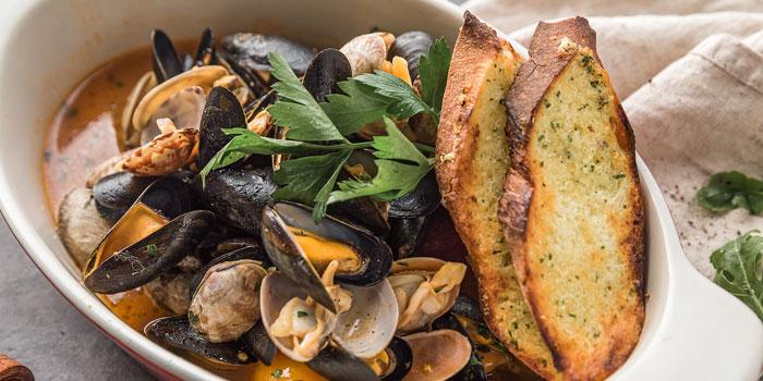 Seafood of Bianchi & Bella Ciao located on Jianguo Zhong Lu, Luwan, Shanghai