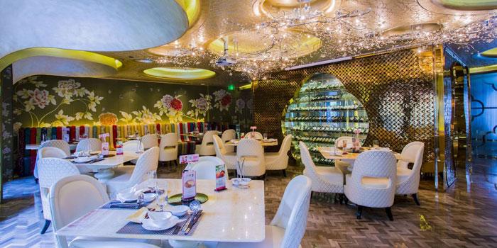 Indoor of Good Hot Pot located on Fenyang Lu, Xuhui District, Shanghai