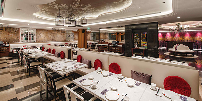 Indoor Seating of Crystal Jade Restaurant (Disneyland) located in Pudong, Shanghai