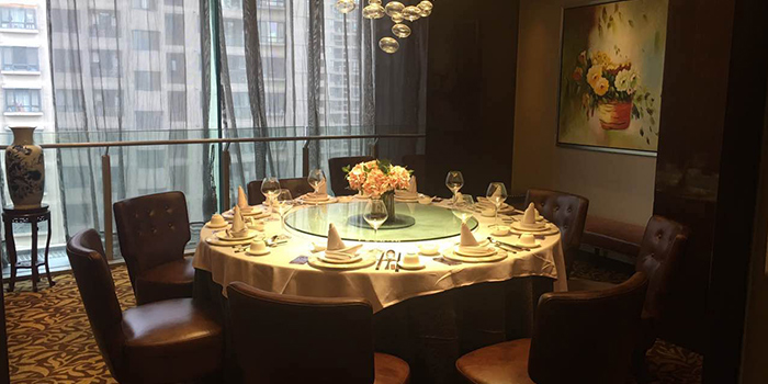 Private room of Crystal Jade Restaurant (Takashimaya) located in Hongqiao, Shanghai