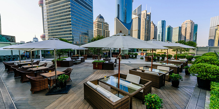 Outdoor Seating of Takumi Robatayaki & Sake Bar (IFC) located on Century Avenue, Pudong, Shanghai