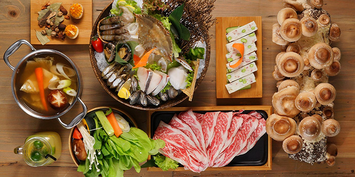 Hotpot from Qimin Organic Hotpot Marketplace (Reel) located in Jing