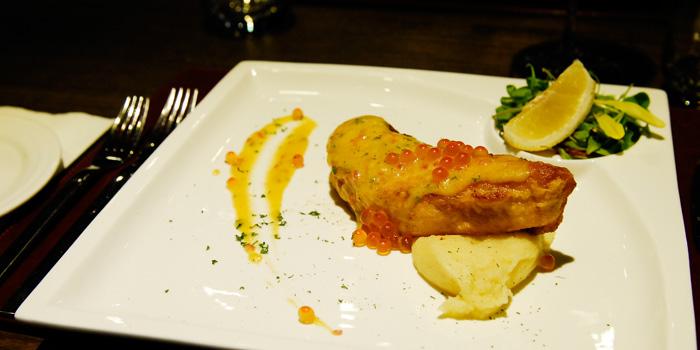Food of The Gili Steakhouse located on Dagu Lu, Jing
