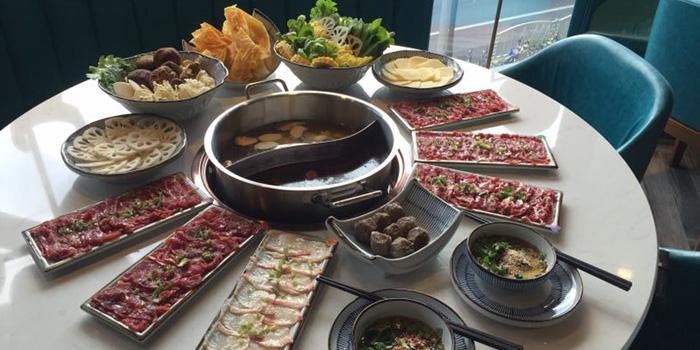 Food of Holy Cow (Star Live Plaza) located on Hongqiao Lu, Changning, Shanghai