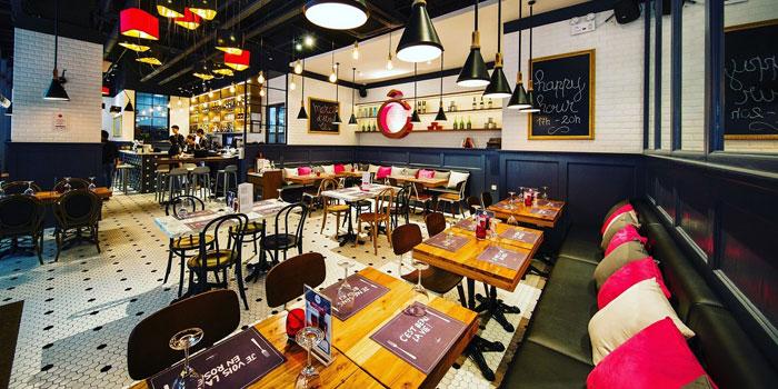 Indoor of Odelice! located on Tianyaoqiao Lu, Xuhui, Shanghai