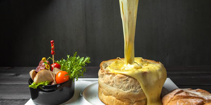Cheese Bread from Lingo Bistrot located in Huangpu, Shanghai