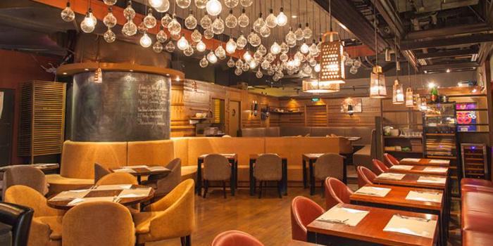 Interior of Lingo Bistrot located in Huangpu, Shanghai