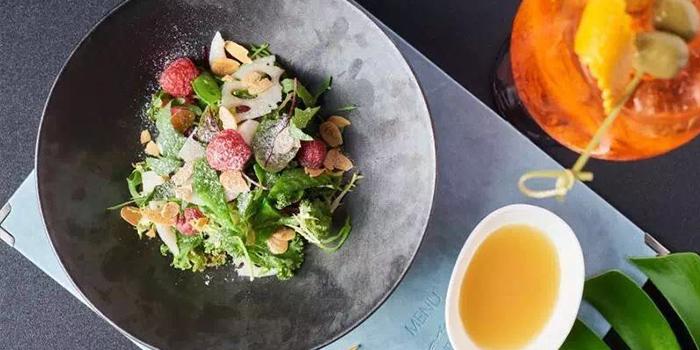 Salad from Yun Italia located in Jing