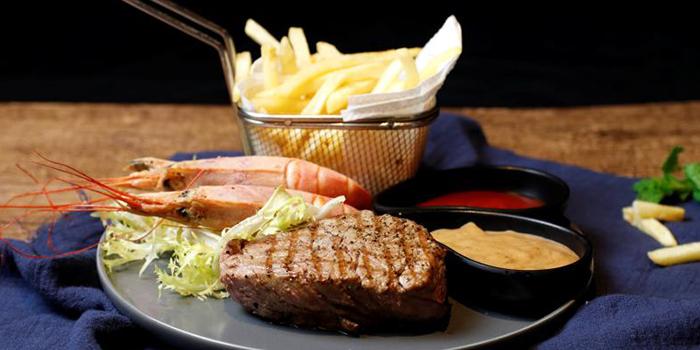 Steak from Lingo Bistrot located in Huangpu, Shanghai