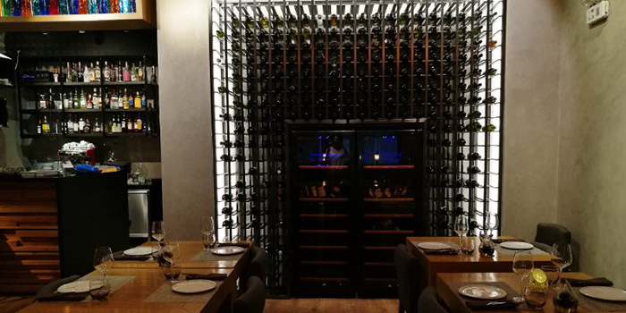 Wine Cabinet of Seve Restaurant located in Jing