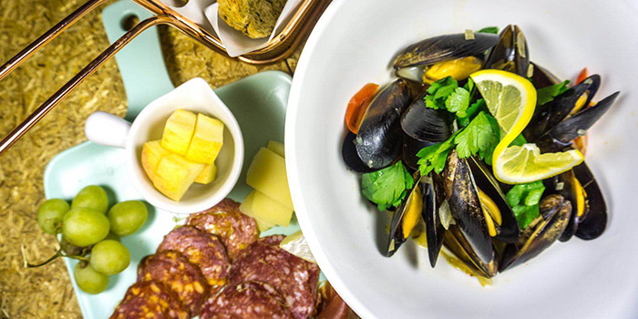 Mussels from Chin Chin by Wheat located in Xuhui, Shanghai