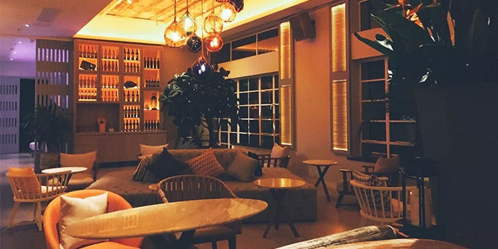 Indoors of The Beach House(Julu Lu) located in Jing