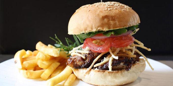Burger of Taste & See Western Restaurant located in Jing