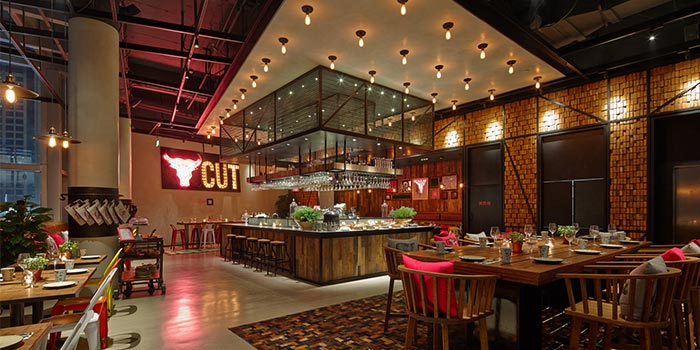 Indoors of THE CUT Steak & Fries located in Xuhui, Shanghai