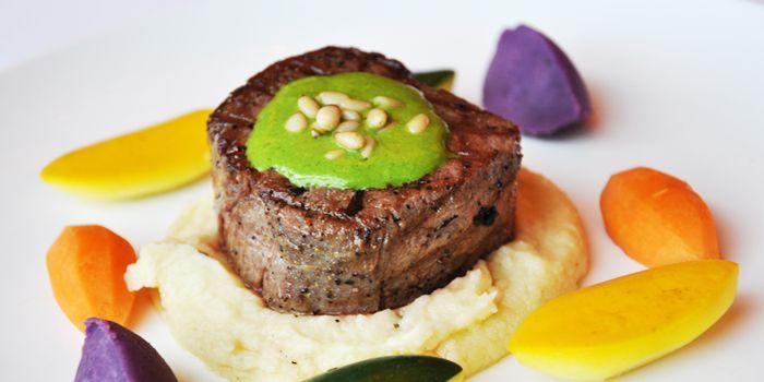 Beef from Acqua in Grand Kempinski Hotel Shanghai, Pudong, Shanghai