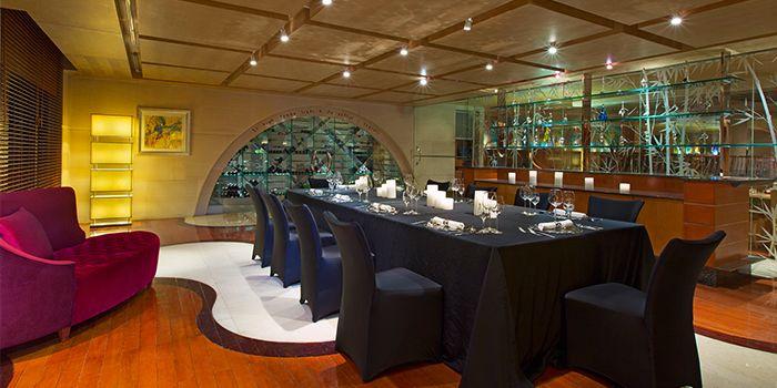Bar of Prego in The Westin Bund Center Shanghai, The Bund, Shanghai
