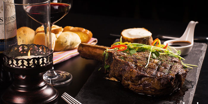 1kg-tomahawk-steak from the Sasha