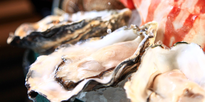 Fresh oyster of The Grill located in Grand Hyatt Pudong, Shanghai