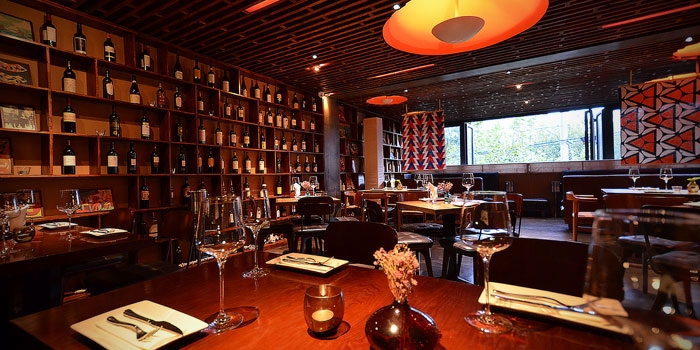 Indoor of Fumo Wine Bistro located on Xinle Lu, Xuhui District, Shanghai