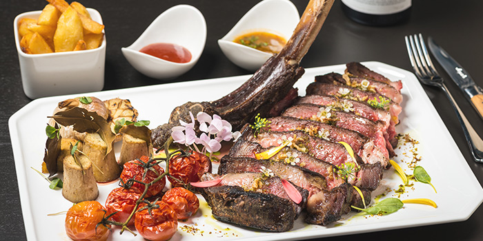 Lamb Rack from FED Restaurant & Sky Lounge located in Luwan, Shanghai