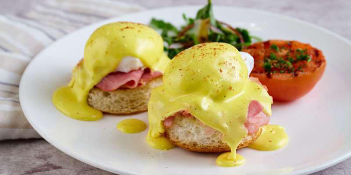 Eggs Benedict from Vintage Element Fresh (Xintiandi) located in Huangpu, Shanghai
