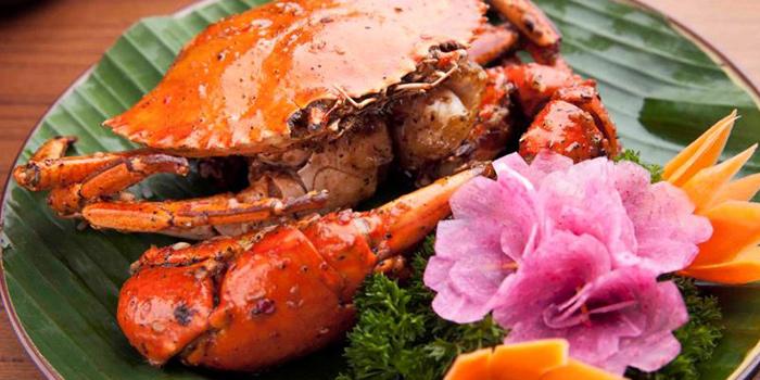 Crabs from Cyclo (Julu Lu) located in Jing