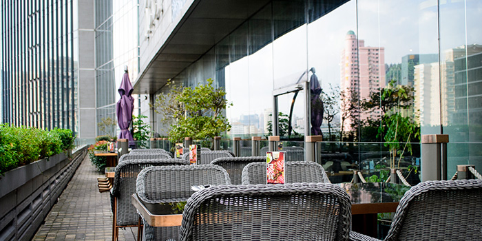 Outdoor Seating Area of The Urban Harvest (Reel) located in Jing