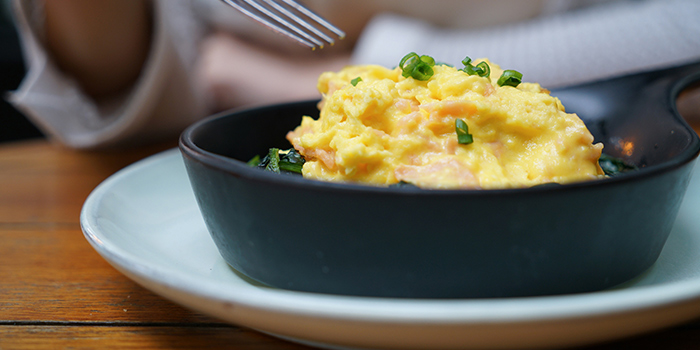 Smoked Salmon and Scrambled Eggs of XUAN Bar in Andaz Xintiandi, Shanghai