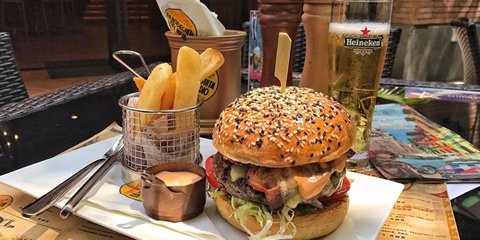 Burger from La Bodeguita Del Medio located in Xuhui, Shanghai