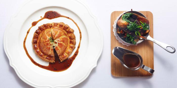 Food of Paris Rouge located on Yuanmingyuan Lu, Huangpu, Shanghai