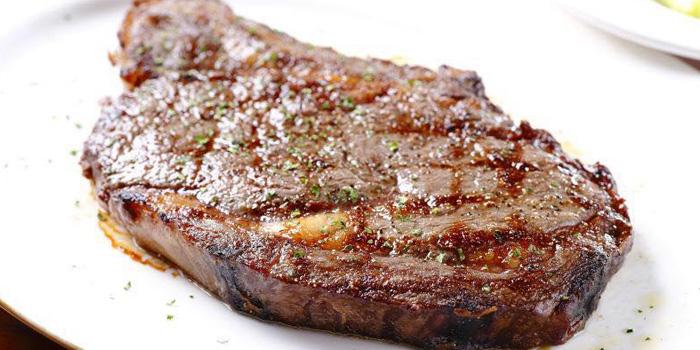 Food of Ribone Steakhouse located on Nanjing Dong Lu, Huangpu, Shanghai