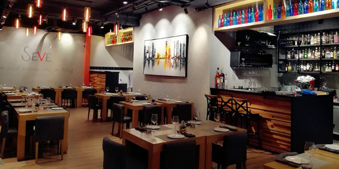 Interior of Seve Restaurant located in Jing