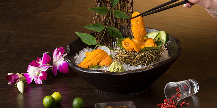 Sea Urchin from Dozo Modern Dining Bar located in Jing