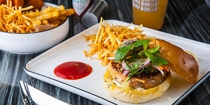 Avocado Fish burger from Oh My Burger located in Xuhui, Shanghai