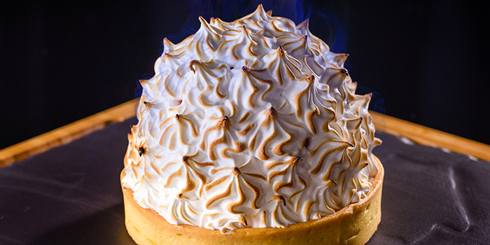 Baked Alaska from Ruiku (Wanda Reign) located in Huangpu, Shanghai