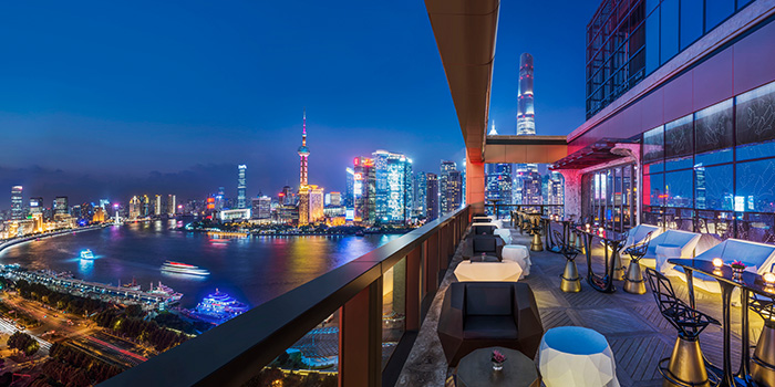 Terrace of Ruiku (Wanda Reign) located in Huangpu, Shanghai