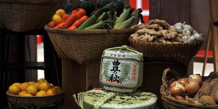 Indoors of Qimin Organic Hotpot Marketplace (Takashimaya) located in Changning, Shanghai