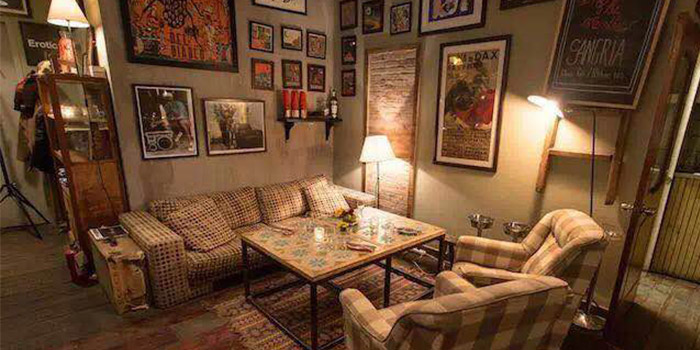 Indoors of LA PÉTANQUE located in Xuhui, Shanghai